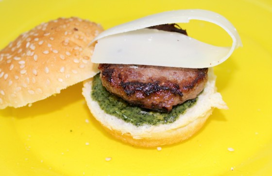 parmesan pesto burger